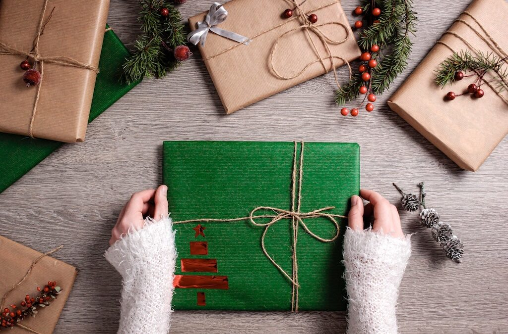 7 Christmas Gift Ideas to Make Your Loved One Smile